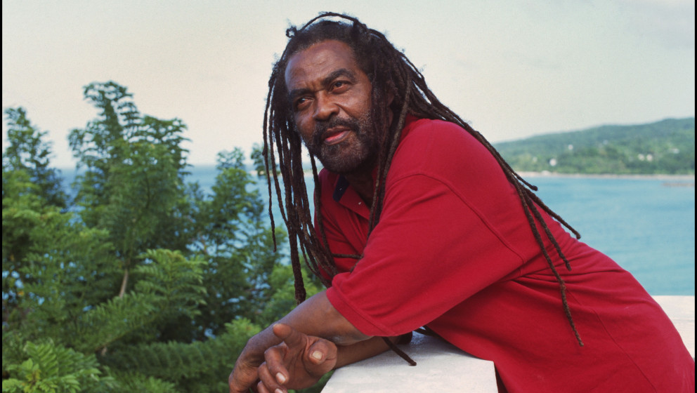 JAMAICA - OCTOBER 01:  Photo of John HOLT; in Oracabessa  (Photo by David Corio/Redferns)