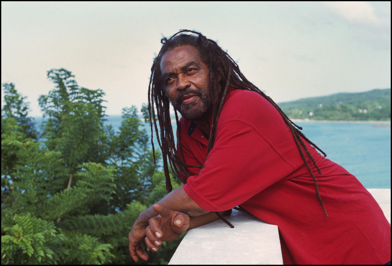 JAMAICA - OCTOBER 01:  Photo of John HOLT; in Oracabessa  (Photo by David Corio/Redferns)