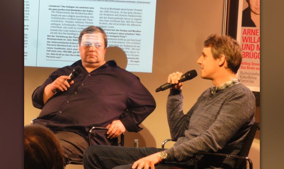 Arne Willander und Maik Brüggemeyer haben den Jubiläums-Band im Kulturkaufhaus Dussmann in Berlin vorgestellt...