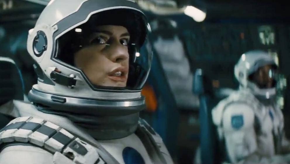 """Anne Hathaway in """"Interstellar"""""""