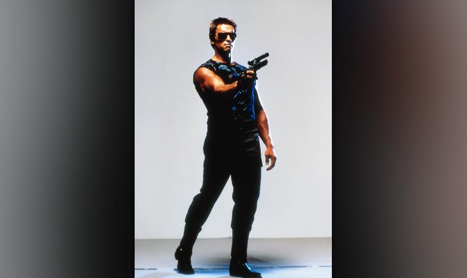 Der Terminator (The Terminator, USA 1984, Regie: James Cameron) Arnold Schwarzenegger / Mann, Cyborg, Menschmaschine, Sonnenb