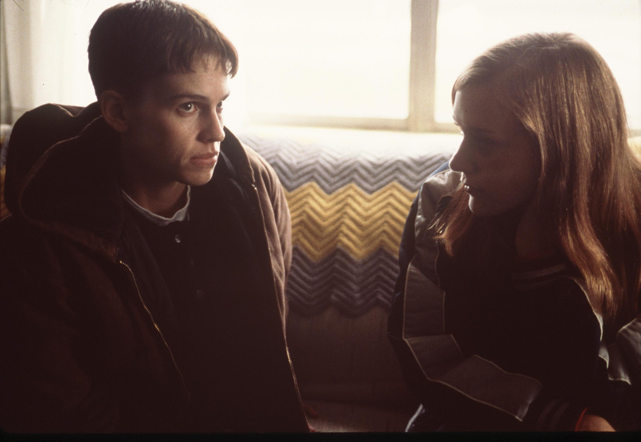 1999 (L To R) Hilary Swank And Chloe Sevigny Star In 'Boys Don'T Cry.'  (Photo By Getty Images)