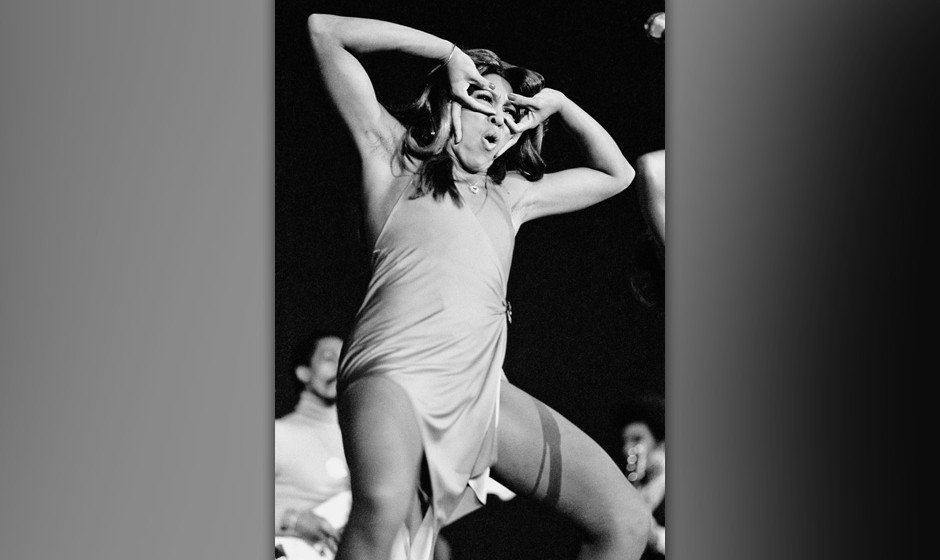 American singer Tina Turner performs at Wembley, London, 3rd November 1972. (Photo by Michael Putland/Getty Images)
