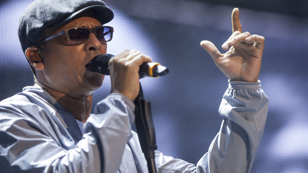 BERLIN, GERMANY - JULY 27:  German singer Xavier Naidoo performs live during a concert at the Waldbuehne on July 27, 2014 in