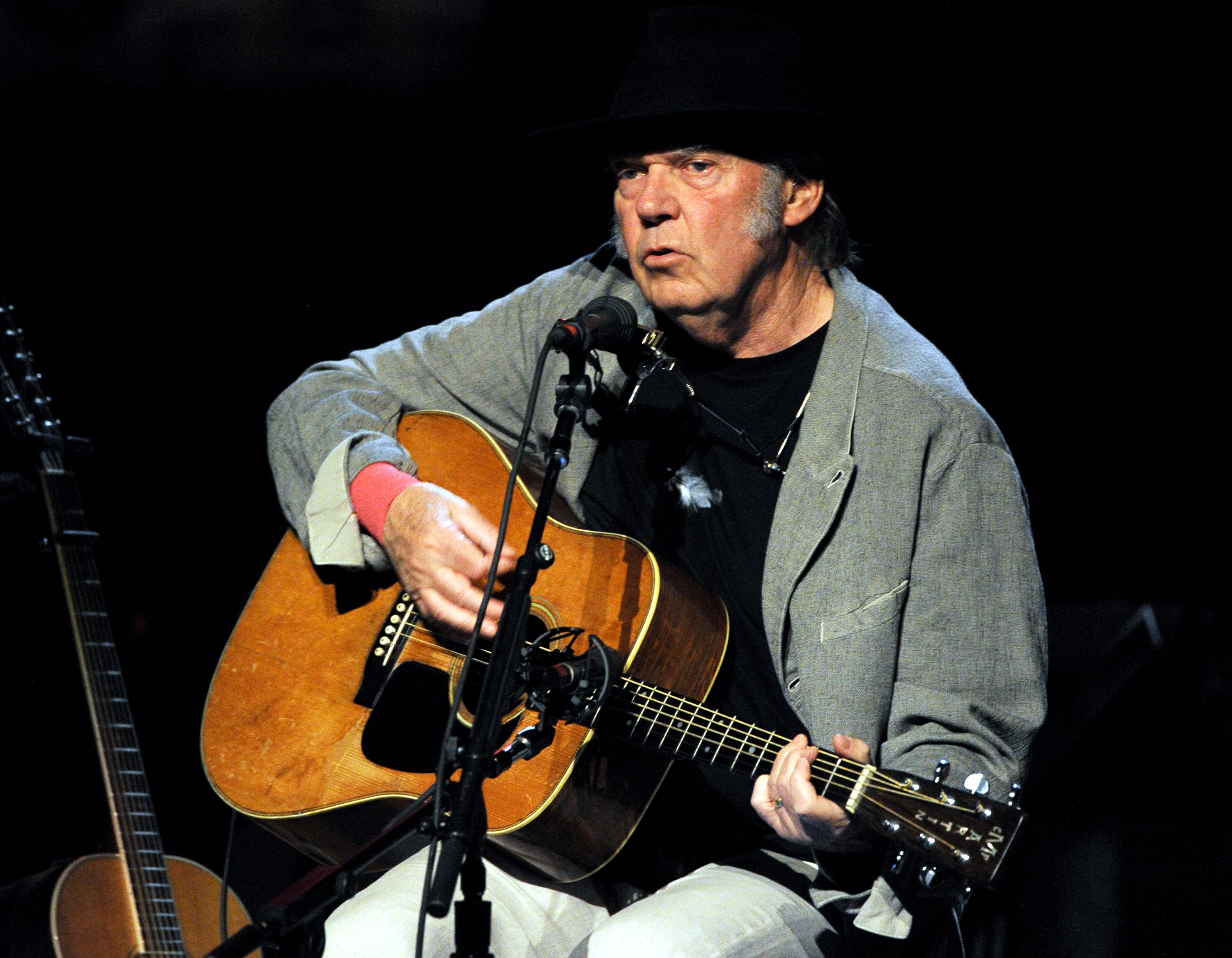 LOS ANGELES, CA - MARCH 29:  Singer/songwriter Neil Young performs at the Dolby Theatre on March 29, 2014 in Los Angeles, Cal