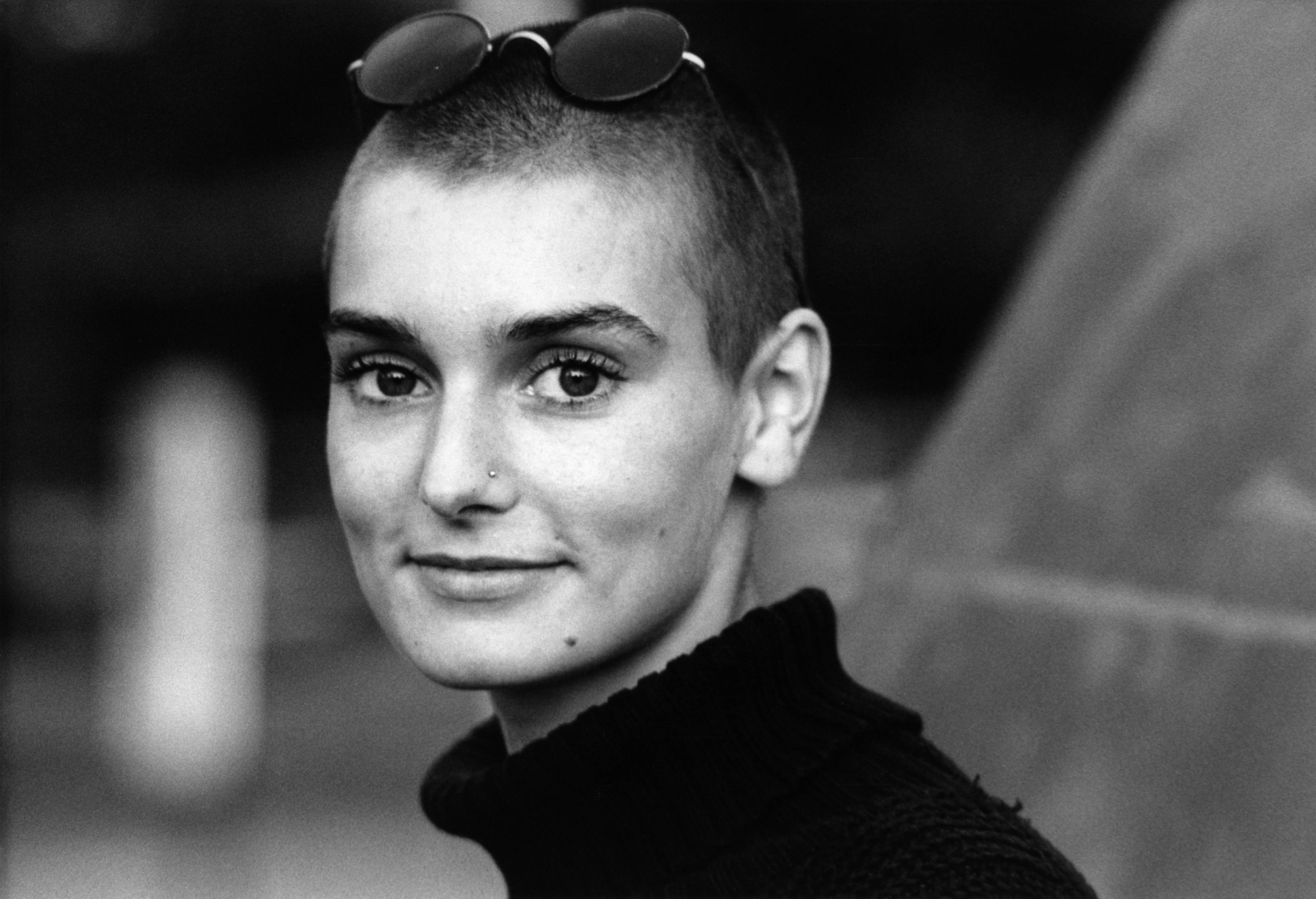 NETHERLANDS - JANUARY 01:  Photo of Sinead O'CONNOR  (Photo by Michel Linssen/Redferns)