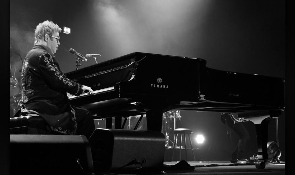 Elton John live in Stuttgart