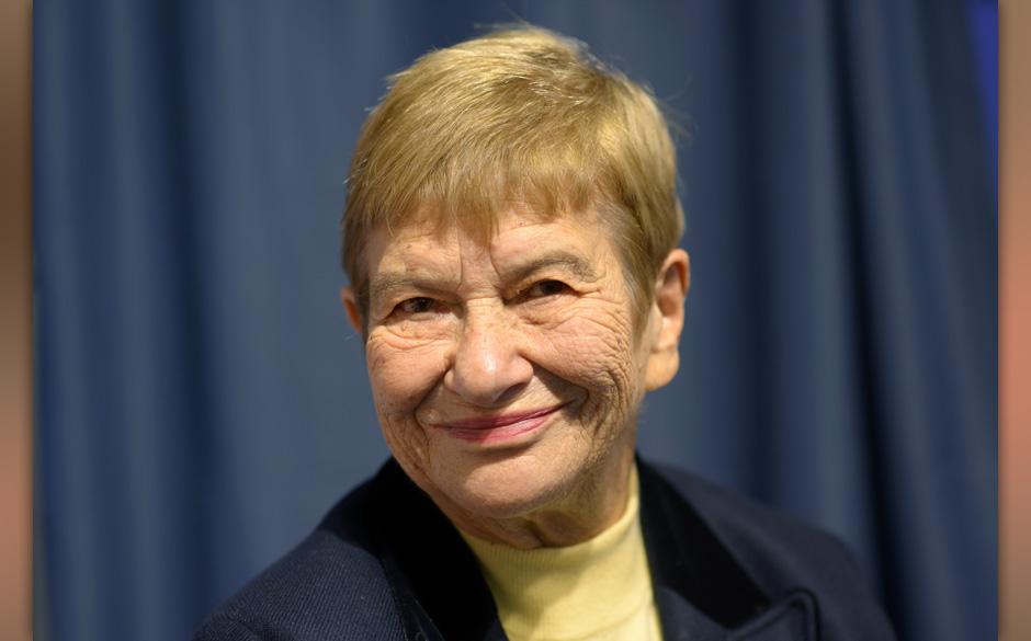 Stefanie Zweig , aufgenommen am 10.10.2012 auf der 64. Frankfurter Buchmesse in Frankfurt am Main.