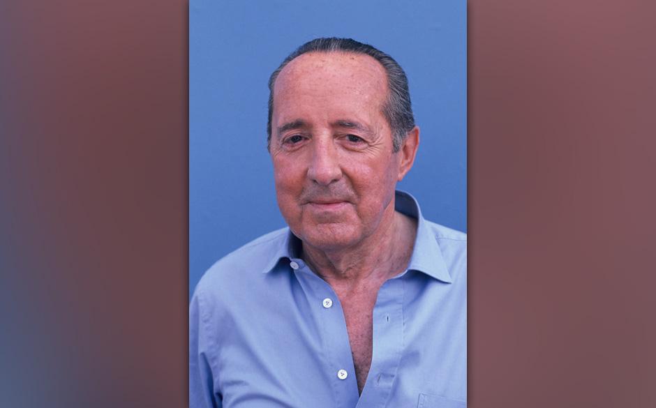 Der Journalist und Autor Peter Scholl-Latour, aufgenommen im Jahre 1990 in KˆlnFoto: Horst Galuschka