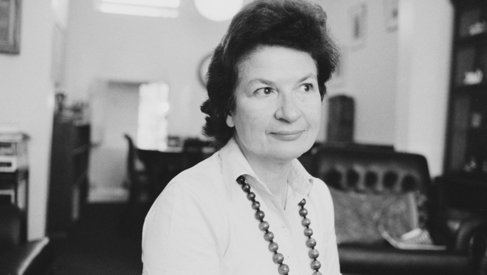 English crime writer P. D. James (1920 - 2014), London, 1982. (Photo by Michael Putland/Getty Images)