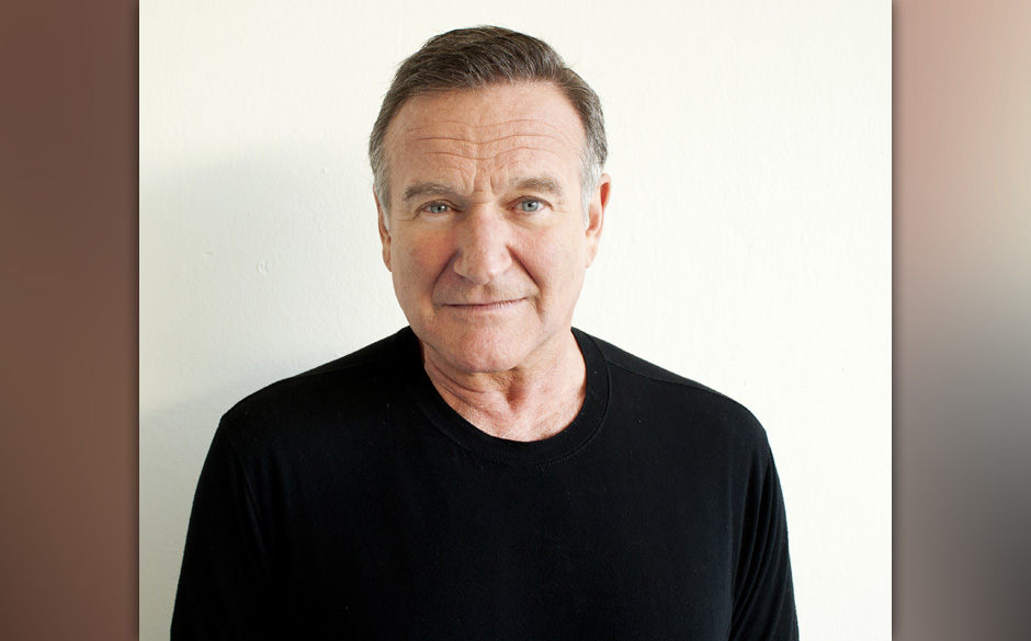 FILE - In this Nov. 5, 2011 file photo, actor Robin Williams poses for a portrait during the 'Happy Feet' Press Junket in Bev