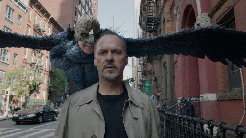 2. Birdman  Ein Hollywood-Superheld will Karriere am Broadway machen - und Michael Keaton spiegelt seine eigene Rolle als 'Ba