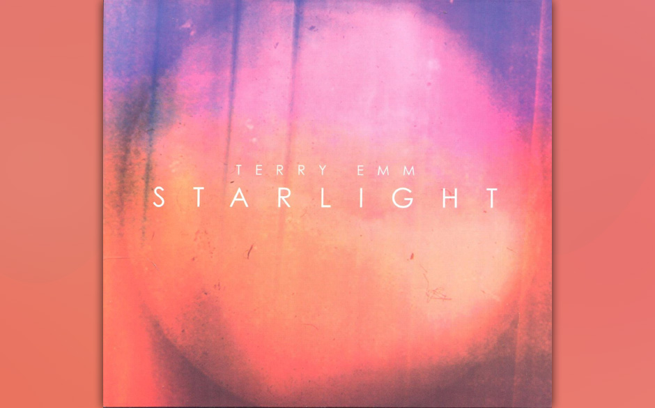 Terry Emm, 'Starlight': 1,5 Sterne: Streicher-Schwulst und Liebesleid, das vor Kitsch und Gefühligkeit strotzt.