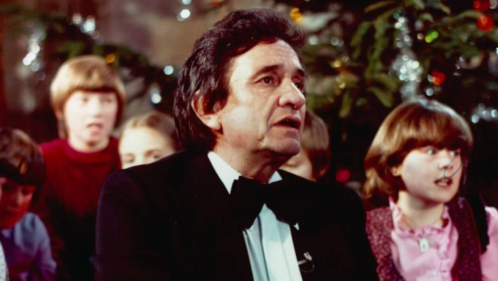 Johnny Cash vor einem Weihnachtsbaum (1975)