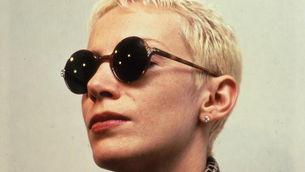 Annie Lennox: Die schottische Sängerin und Songwriterin Live in den 80er Jahren