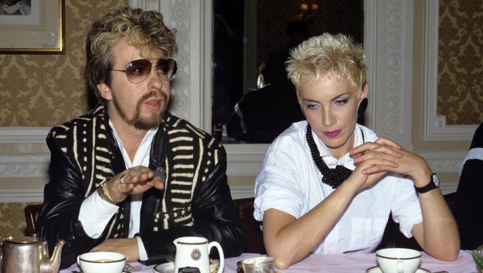 Annie Lennox und Dave Stewart (Eurythmics) geben ein Interview in London.