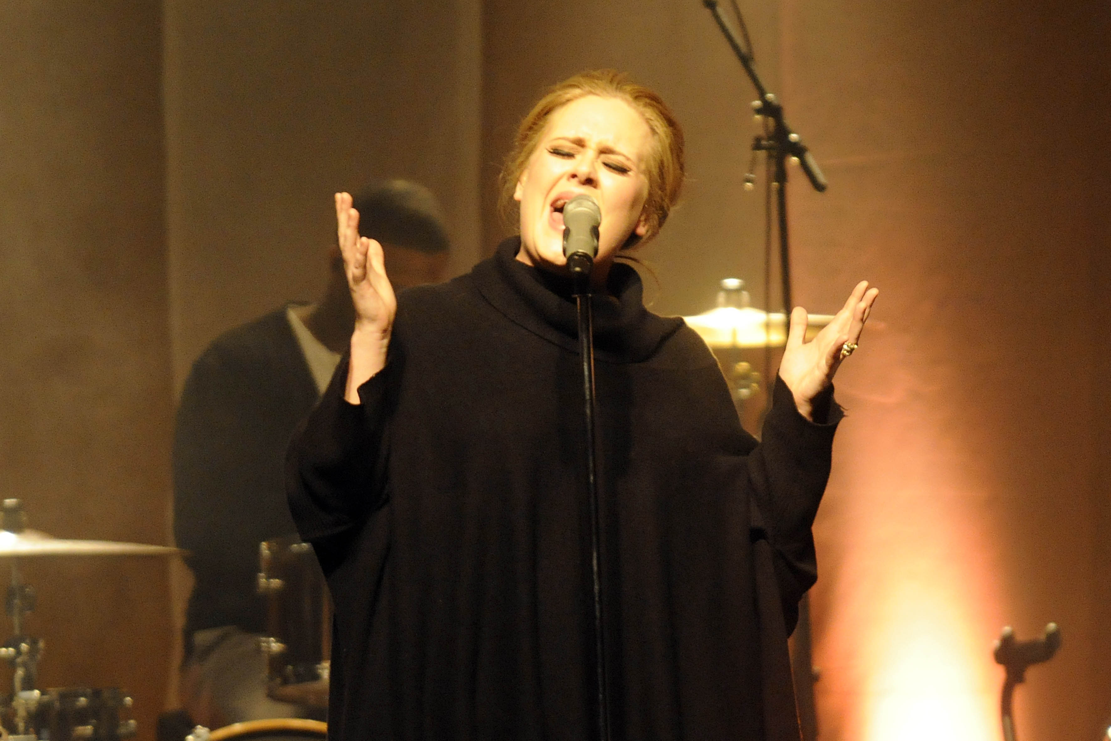 Adele - Adele Laurie Blue Adkins - die britische Pop-, Soul- und Jazzsaengerin bei einem Konzert am 26.03.2011 im Docks/D-Clu