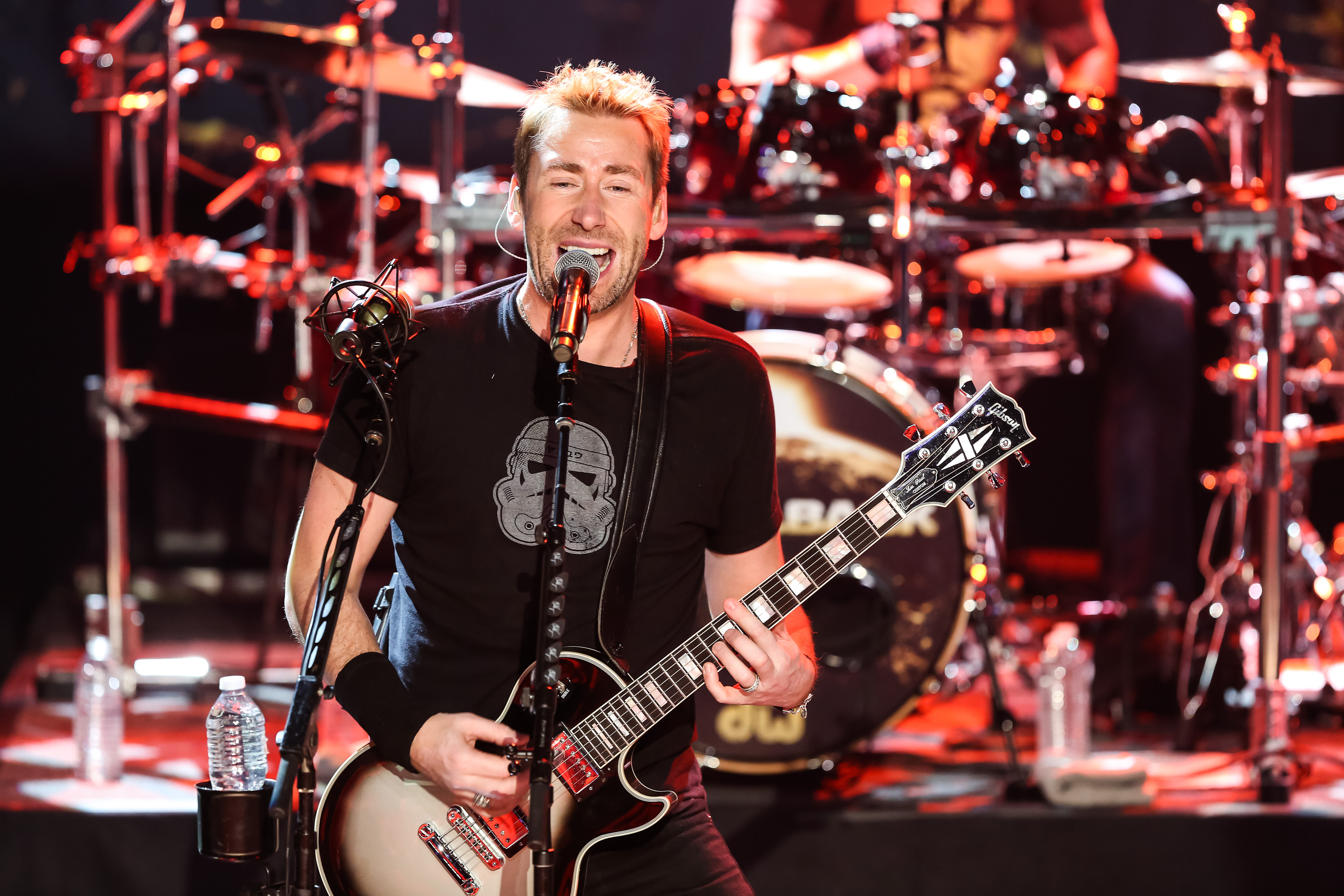 BURBANK, CA - NOVEMBER 18:  Musician Chad Kroeger of Nickelback performs at iHeartRadio Theater on November 18, 2014 in Burba