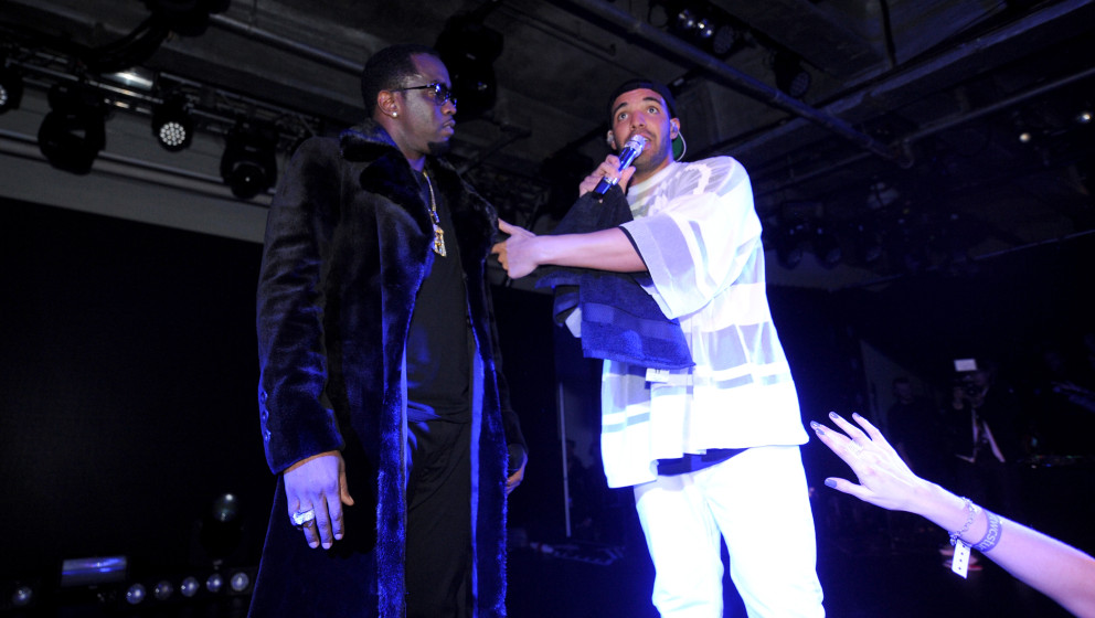 NEW YORK, NY - FEBRUARY 01:  Sean 'Diddy' Combs and Drake perform at the Time Warner Cable Studios and Revolt Bring the Music