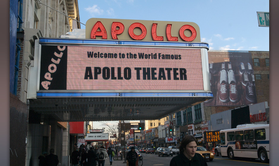 Apollo Theater sign in Harlem.