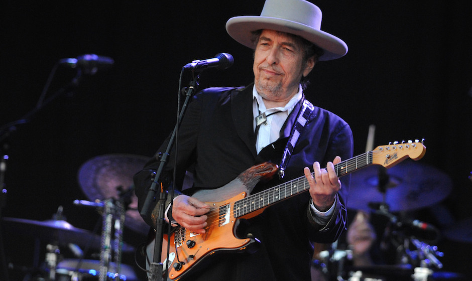 US legend Bob Dylan performs on stage during the 21st edition of the Vieilles Charrues music festival on July 22, 2012 in Car