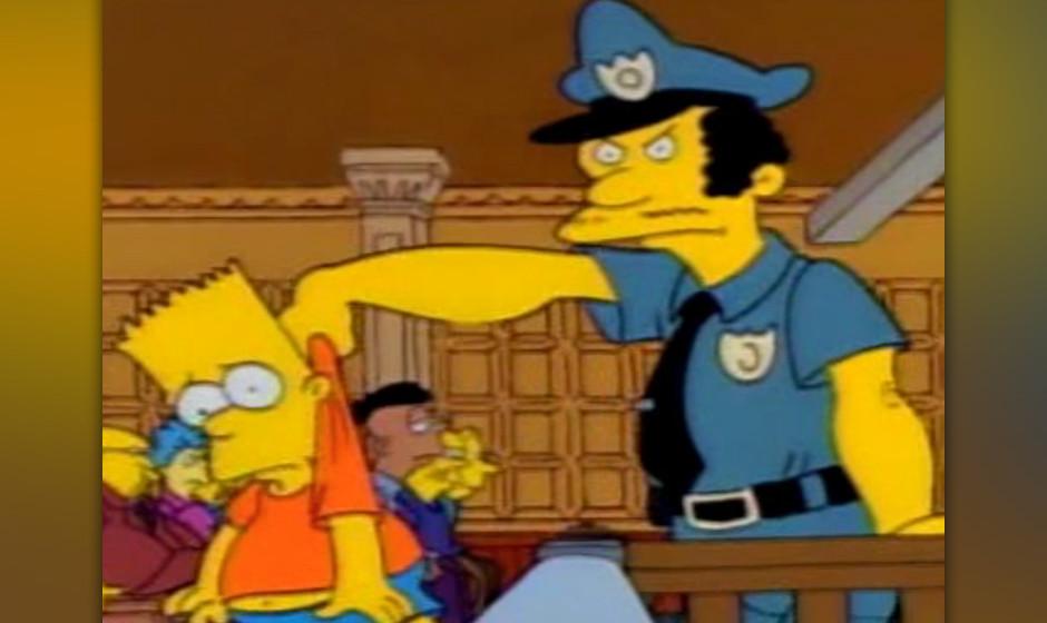 Polizist Lou hat es anders gemacht als Smithers - er startete mit heller Hautfarbe.