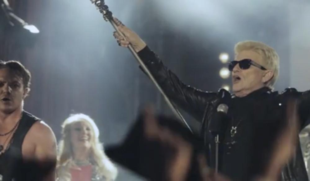 Heino im Video zu 'Schwarz ist der Enzian'