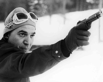 Telly Savalas (1922 - 1994) als Ernst Stavro Blofeld