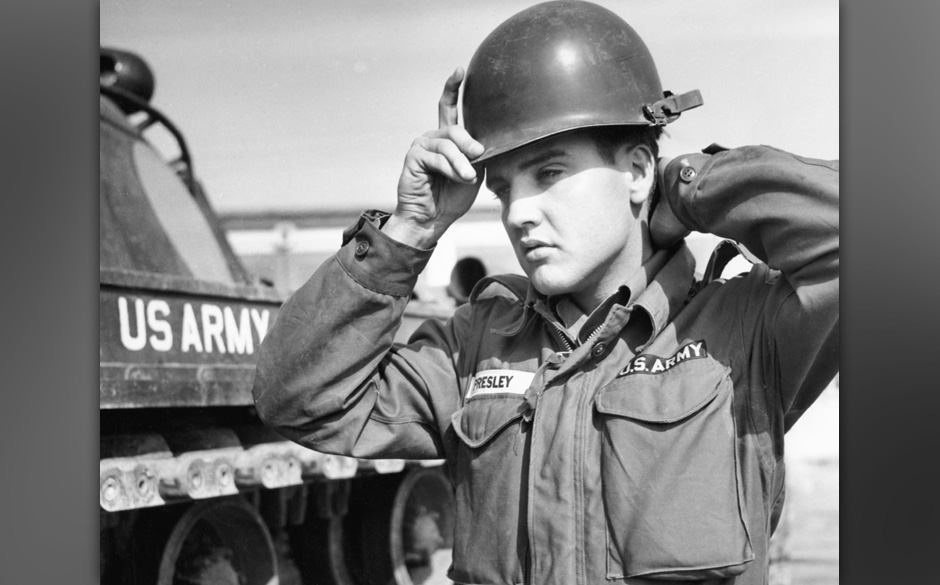 American actor and singer Elvis Presley wearing his army uniform, circa 1958.  (Photo by Pictorial Parade/Archive Photos/Gett