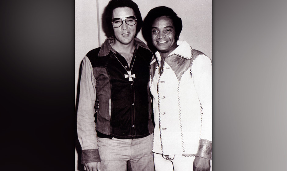 UNSPECIFIED - JANUARY 01:  (AUSTRALIA OUT) Photo of Jackie WILSON and Elvis PRESLEY; with Jackie Wilson  (Photo by GAB Archiv