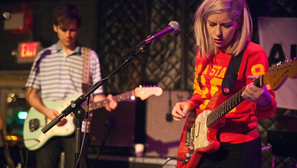 CHARLOTTE, NC - NOVEMBER 14:  Guitarist Alec O'Hanley (left) and singer/guitarist Molly Rankin of Alvvays perform at the Neig
