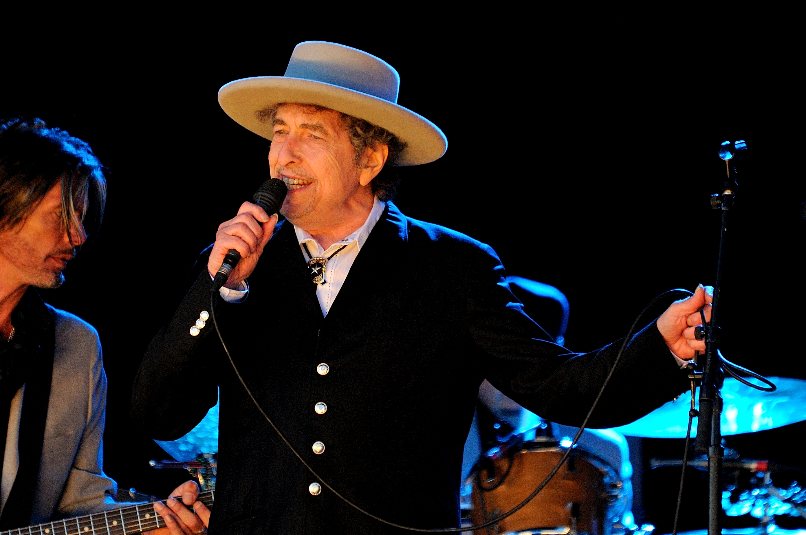 PADDOCK WOOD, UNITED KINGDOM - JUNE 30: Bob Dylan performs on stage during Hop Farm Festival at Hop Farm Family Park on June