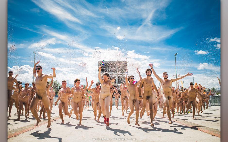 Nackte Festivalgänger bei Naked Heart: Gerrit Starczewski verklagt