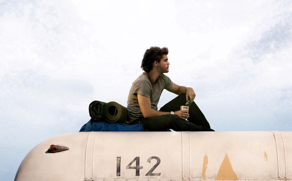Into The Wild (2007)  Welche Wirkung die kommerzielle Verwertung seines Todes hat, lässt sich daran ablesen, wie viele junge