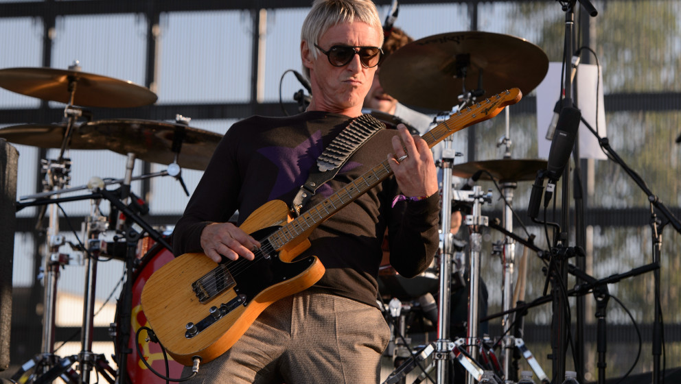 CHICAGO, IL - SEPTEMBER 13:  Paul Weller performs on stage at Riot Fest Chicago 2014 at Humboldt Park on September 13, 2014 i