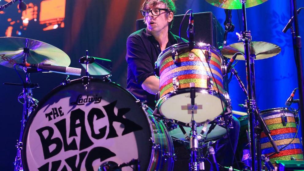 KANSAS CITY, MO - DECEMBER 21:  Musician Patrick Carney of The Black Keys performs at Sprint Center on December 21, 2014 in K