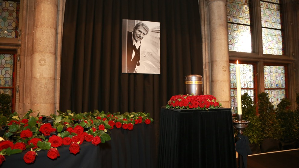 Adieu Udo Jürgens Verabschiedung in Wien Wien, Rathaus, 22. 01. 2015 Urne - 20150122_PD10509