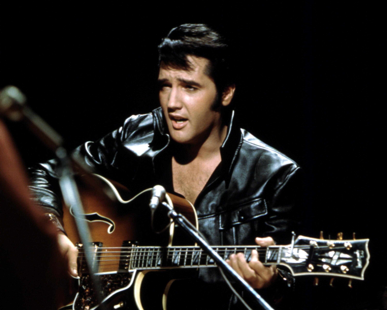 Kein männlicher Solo-Musiker erreichte in Großbritannien häufiger Platz eins der Albumcharts als Elvis Presley