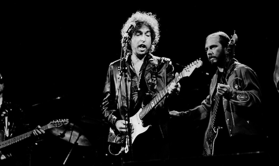HOFFMAN ESTATES, IL  - JUNE 10: Bob Dylan at the Poplar Creek Music Theater on June 10, 1981 in Hoffman Estates, Illinois.  (