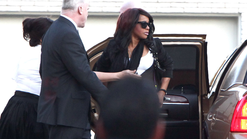 NEWARK, NJ - FEBRUARY 17:  Bobbi Kristina Houston Brown arrives at Whigham Funeral Home for a private viewing for her mother