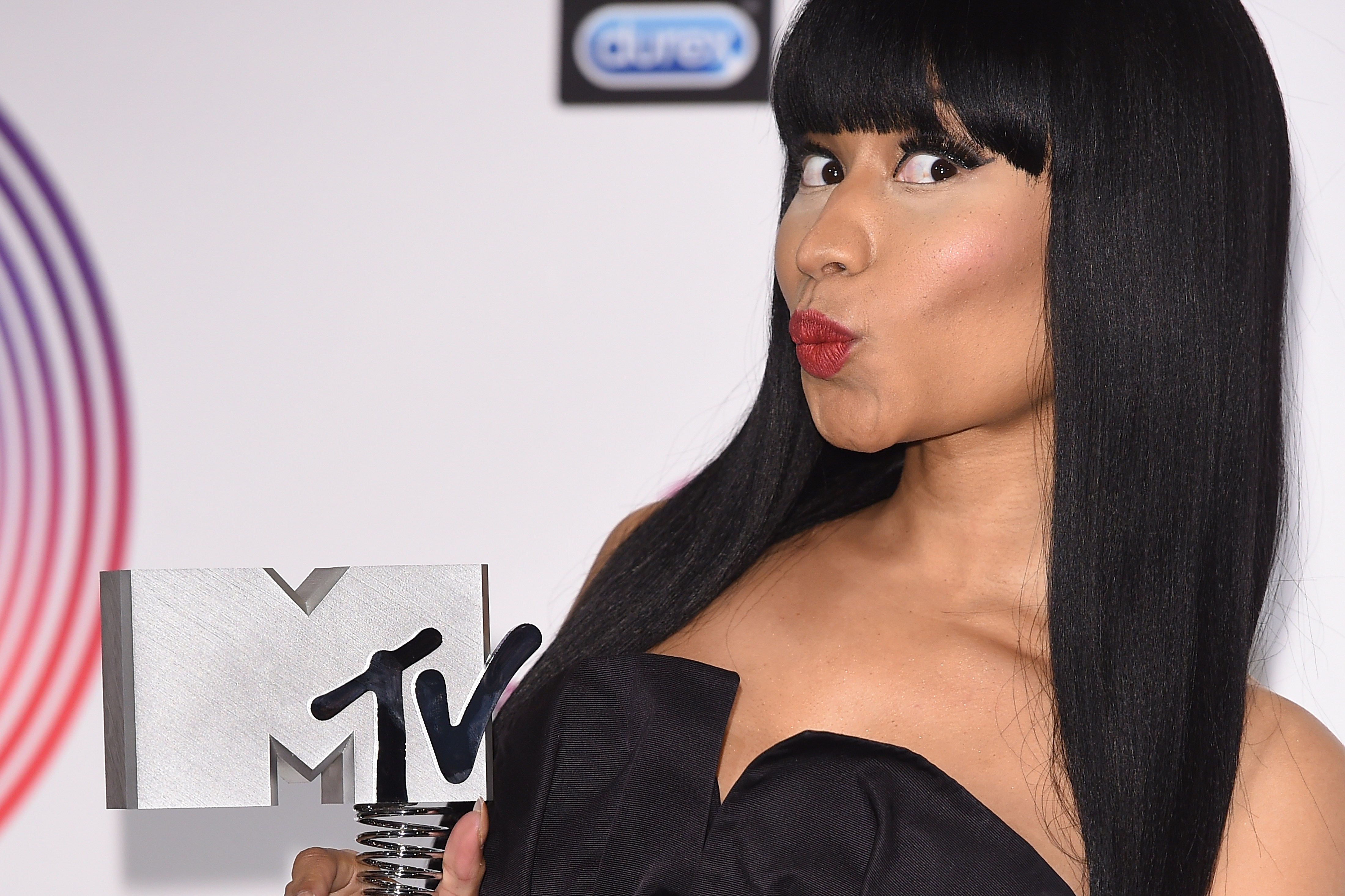 GLASGOW, SCOTLAND - NOVEMBER 09:  Nicki Minaj poses in the winners room at the MTV EMA's 2014 at The Hydro on November 9, 201