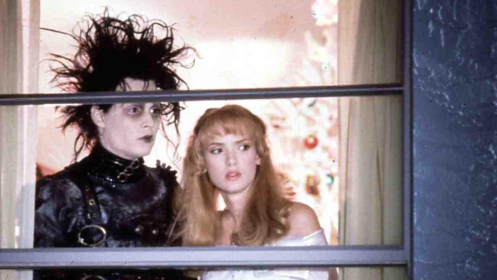 Seine Beziehung mit Kollegin Winona Ryder begann durch 'Edward mit den Sherenhänden', hielt von 1989 bis 1993. Sie verlobten