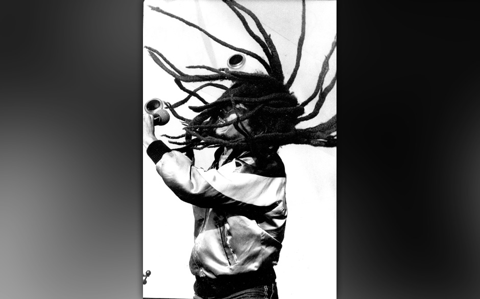 UNITED KINGDOM - JUNE 07:  Photo of Bob Marley  (Photo by David Corio/Michael Ochs Archives/Getty Images) EDITORIAL USE ONLY