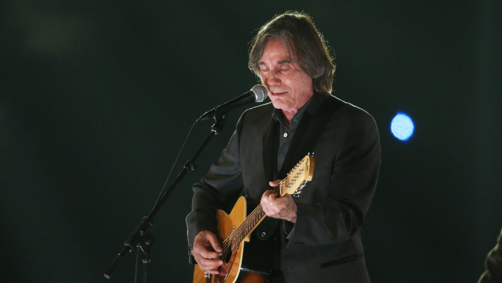 LOS ANGELES, CA - FEBRUARY 06:  Jackson Browne performs onstage during the 2015 MusiCares Person of The Year honoring Bob Dyl