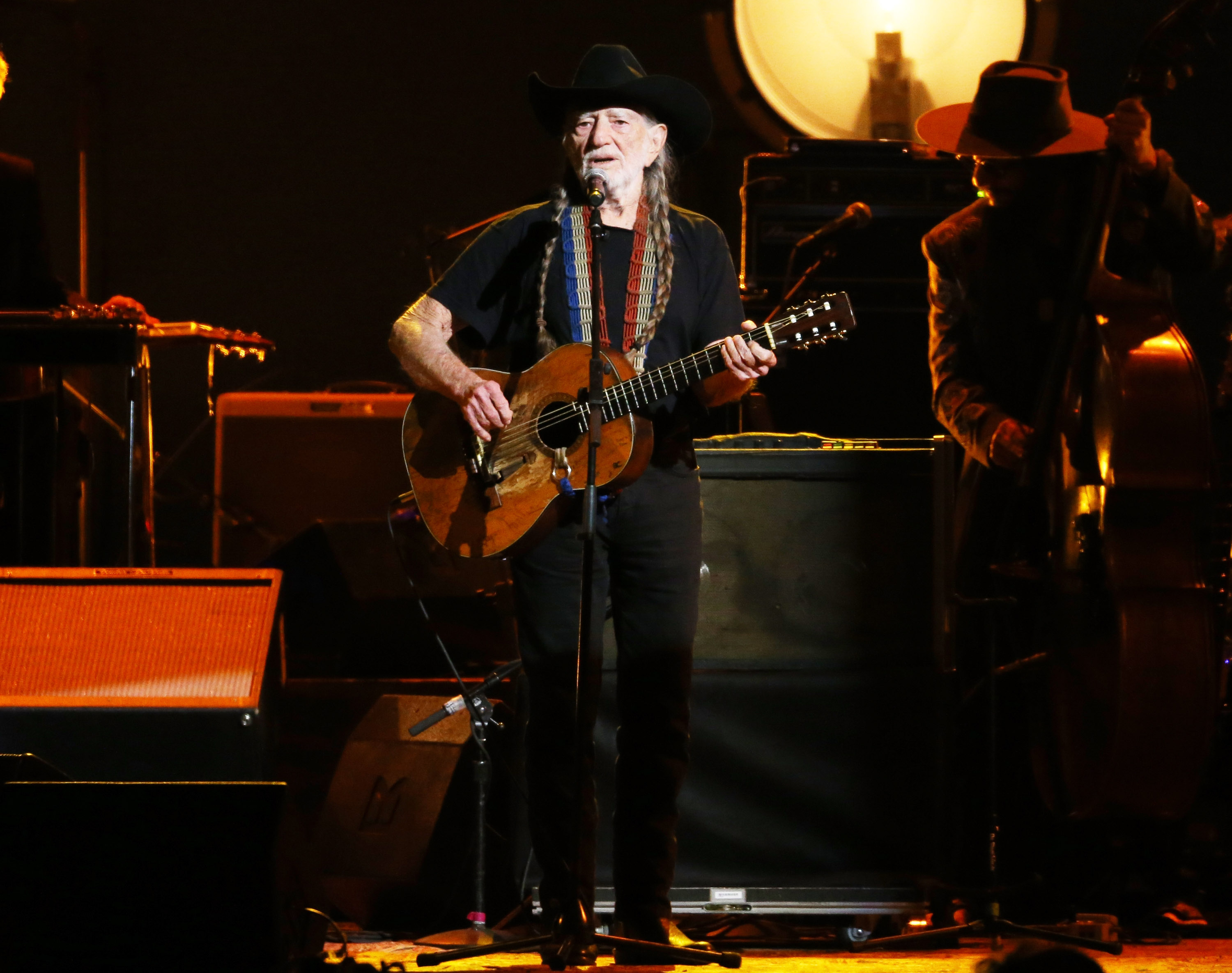 LOS ANGELES, CA - FEBRUARY 06:  Willie Nelson performs onstage during the 2015 MusiCares Person of The Year honoring Bob Dyla