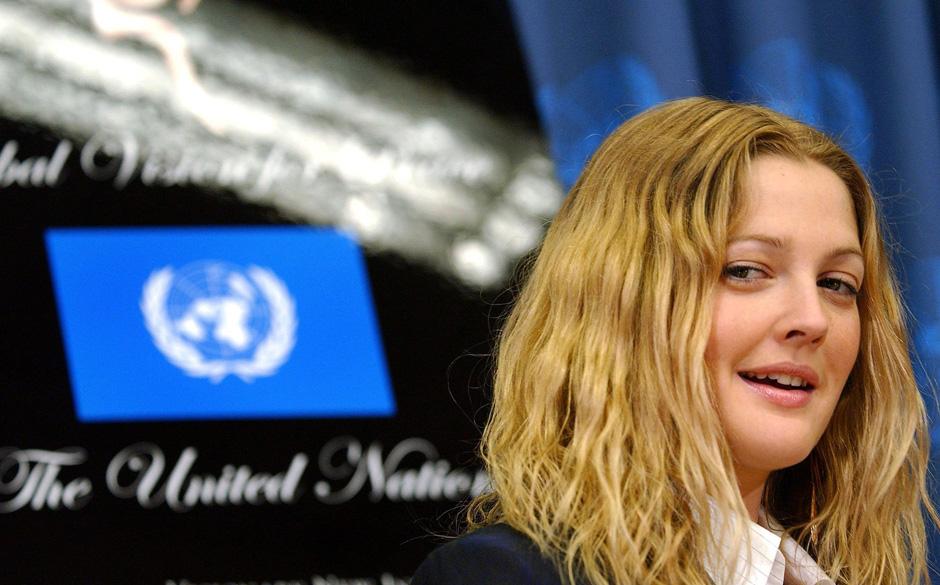US-Schauspielerin Drew Barrymore nimmt am 5.2.2004 im UN-Hauptquartier in New York am Start der Initiative 'Artists for the U