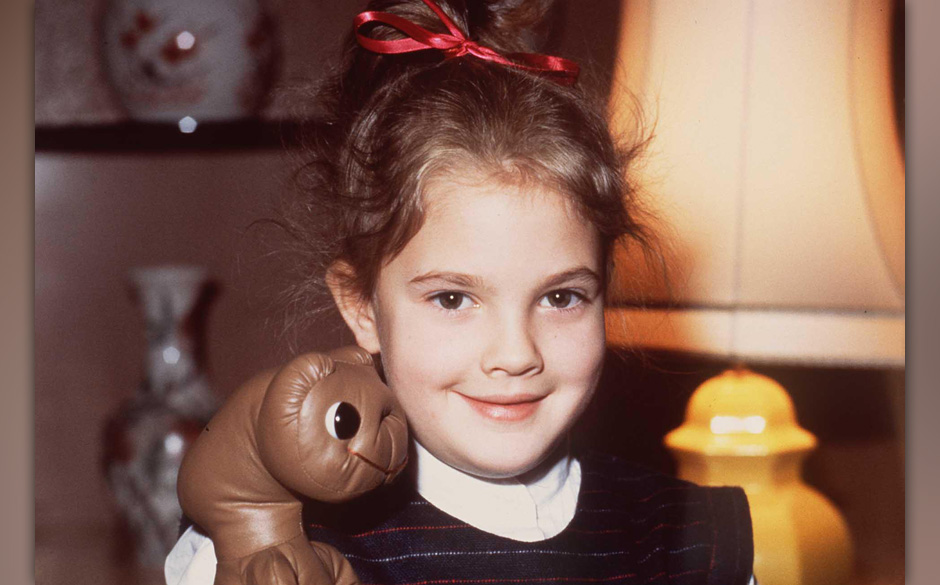 DREW BARRYMOREAmerican Child ActressStars in the film 'E.T. The Extra Terrestrial'Universal Pictorial Press PhotoCMS 1526