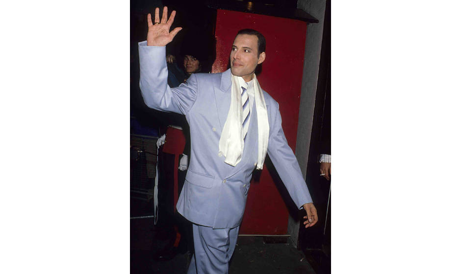 Freddie Mercury of Queen sighting on August 29th, 1990, in London, Great Britain. (Photo by Tom Wargacki/WireImage)