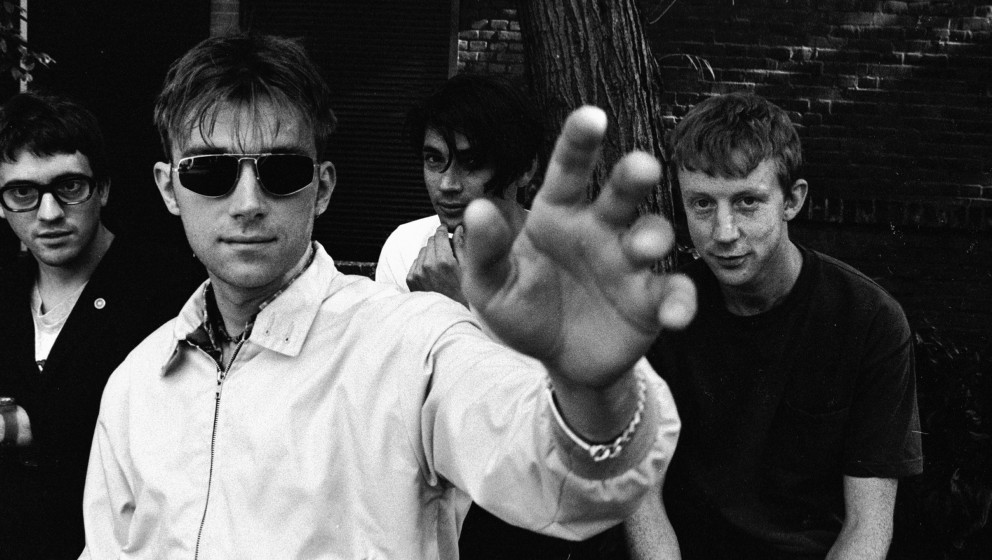 NETHERLANDS - JULY 29:  Photo of BLUR; 29-07-1994 Amsterdam, Blur  (Photo by Paul Bergen/Redferns)