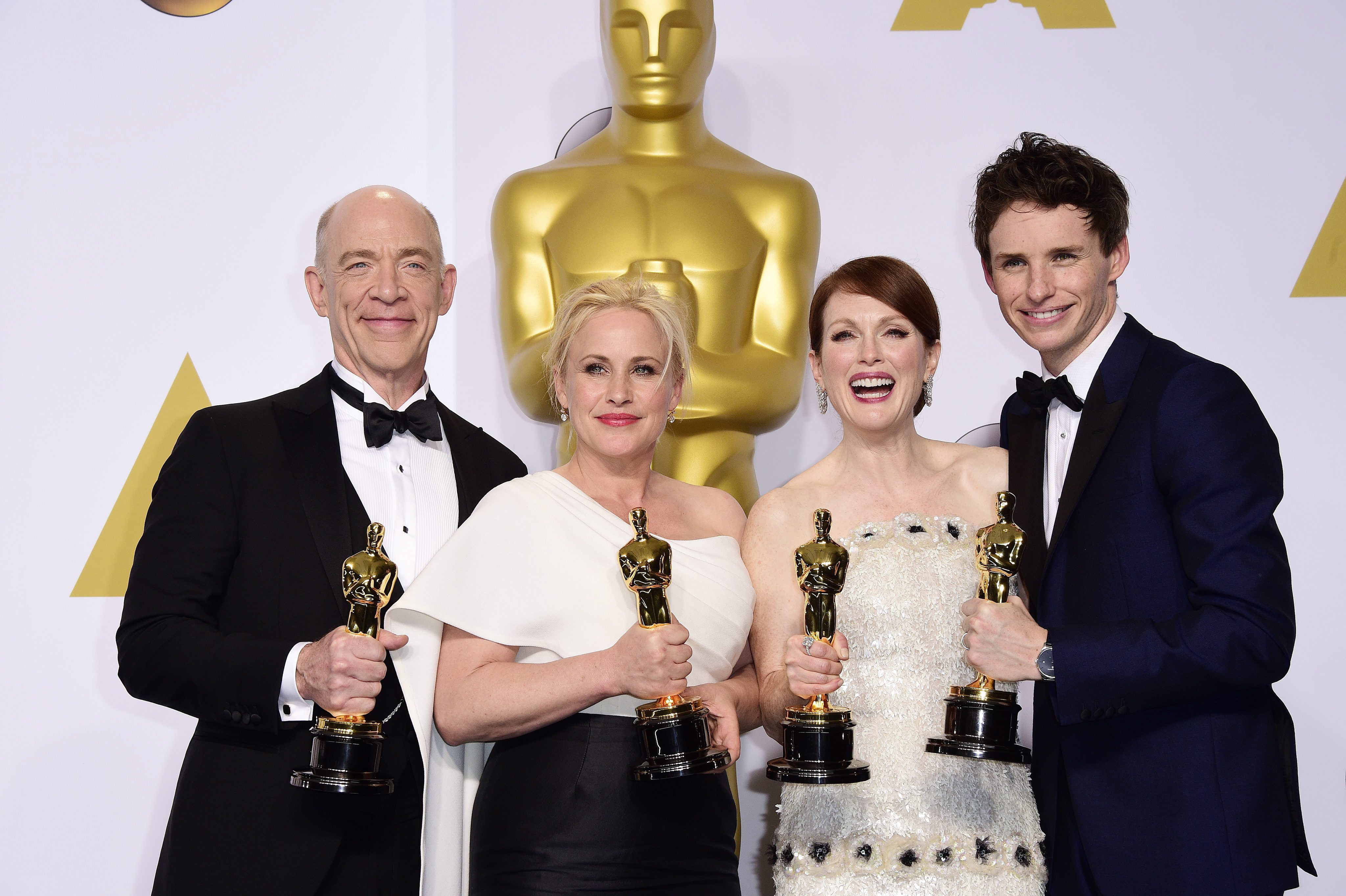 epa04633348 (L-R) J.K. Simmons (Actor in a Supporting Role), Patricia Arquette (Actress in a Supporting Role), Julianna Moore